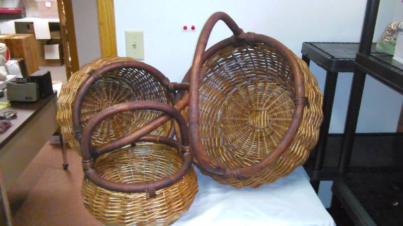 Like New Wicker and Wood Baskets (3)