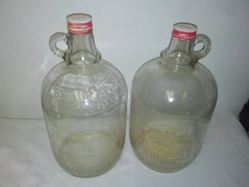 Coca Cola Collectible 1 Gallon Jug with cover