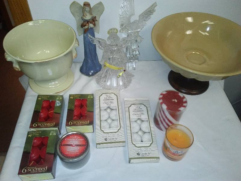 Home Accent Lot, Candles, D�cor Ceramics, and Angel Figurines