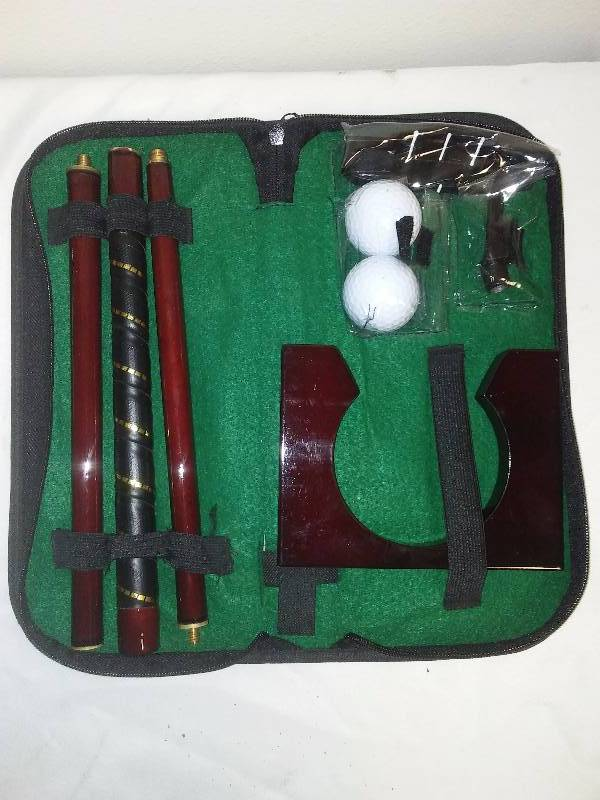 Compact Golf Putter Case and Club, wood with brass fittings, never used