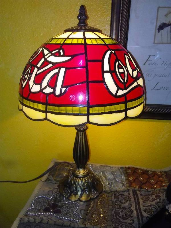 Coca-Cola Coke Retro Tiffany Style Resin and Plastic Stained Glass Electric Table Lamp Light 16