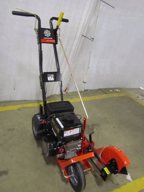 Ariens 9 in. 136cc Walk-Behind Gas Edger