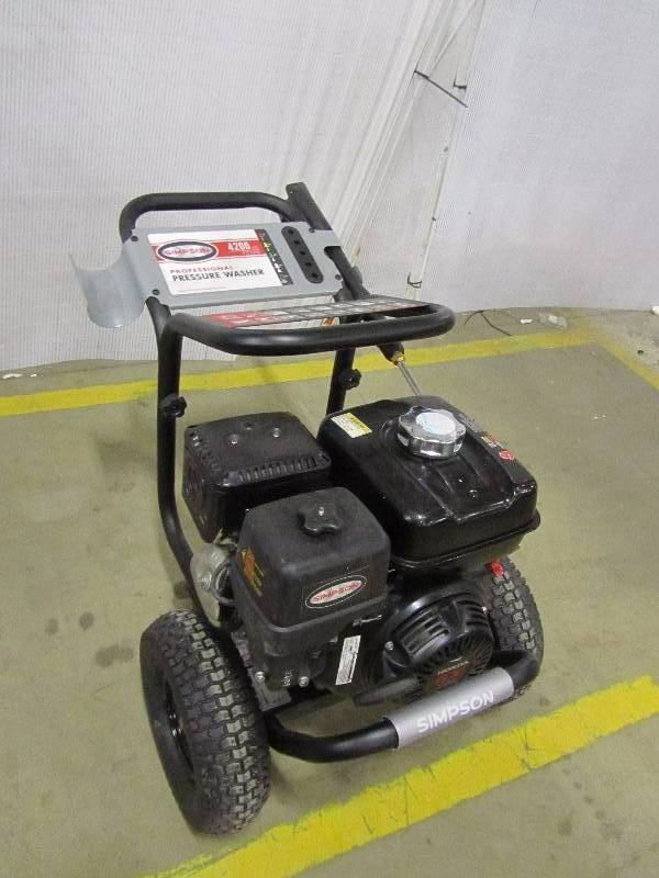 Simpson PowerShot 4200 PSI 4.0 GPM Gas Pressure Washer Powered by Honda