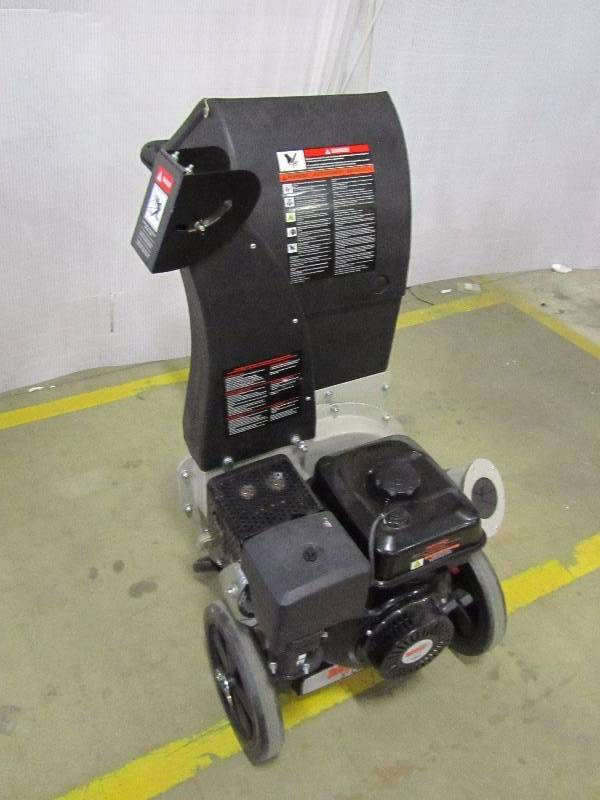 Brush Master 5 in. x 3.5 in. Dia. 18 HP 457cc Feed, Unique 3-in-1 Discharge, Pro-Duty Chipper Shredder