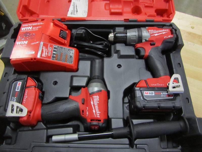 Milwaukee M18 FUEL with ONE KEY 18-Volt Lithium-Ion Brushless Cordless Hammer Drill/Impact Driver Combo Kit