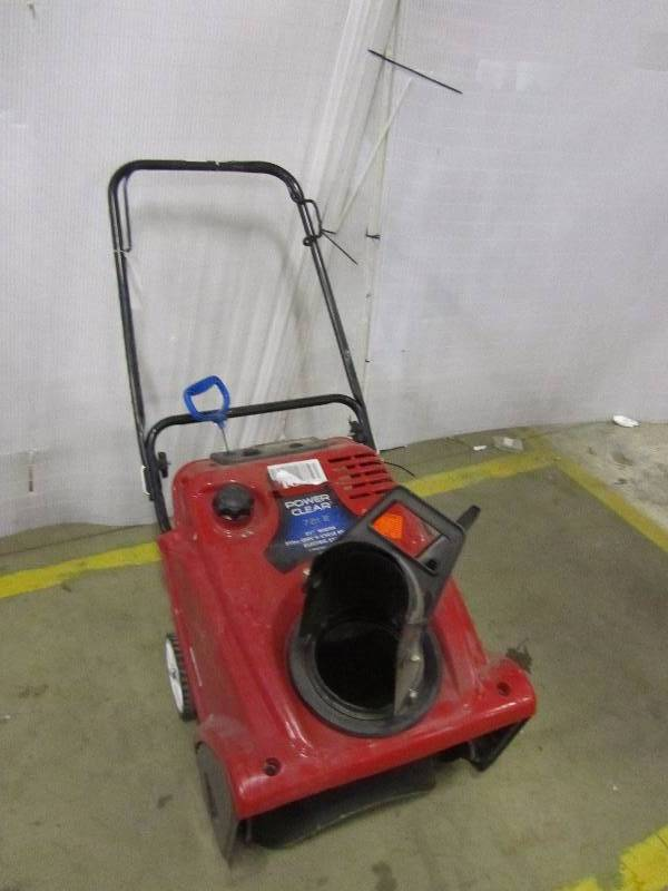 Toro Power Clear 721 E 21 in. Single-Stage Gas Snow Blower