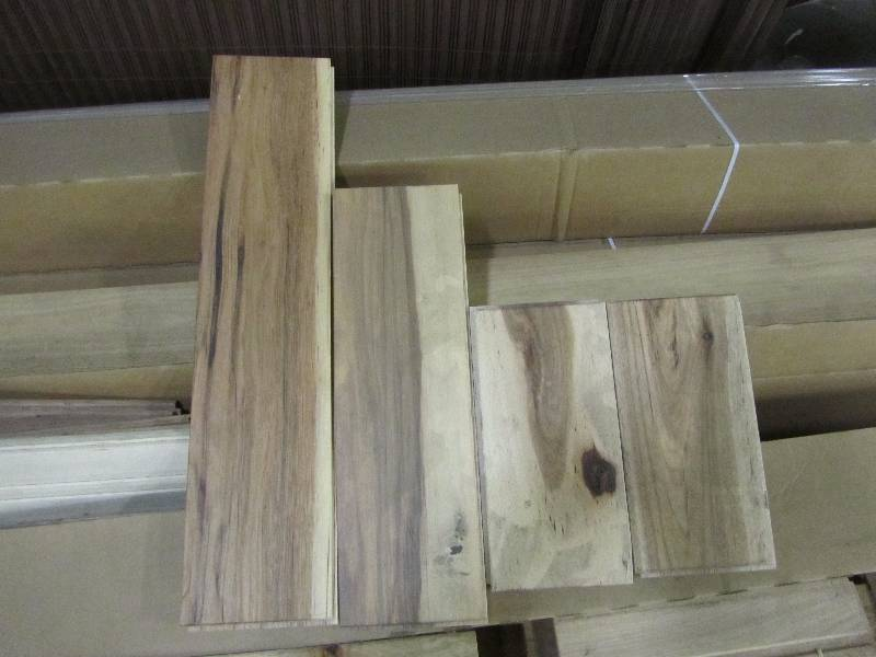 30 Boxes Of Country Natural Hickory Cabin Grade Wood Flooring Mn