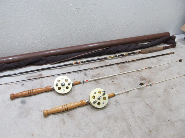 3 Vintage Fishing Rods Mint Browning