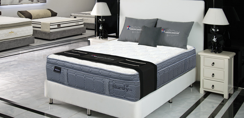New American Star Queen Size Blue Sky Mattress / Box Spring Set - Retail $ 1899.99 -  15 Year Manufacturer Warranty