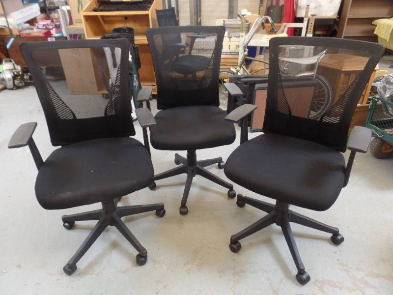 Office Chairs Kan And Consignments K Bid