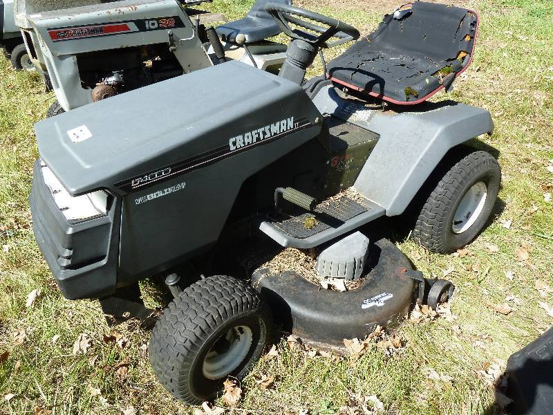Craftsman Lt4000 Riding Lawn Mower Massive Lawn Garden Tractor Attachment Misc Item Estate