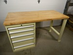 Workbench with Modular Drawer Cabinet