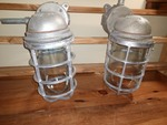 Explosion-Proof Industrial Spero Electric Caged Lights (2)