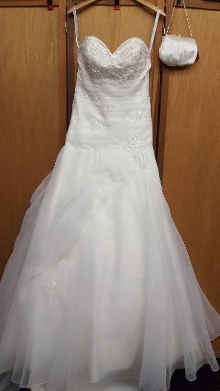 Pc mary 39 s size 10 ivory pearl beaded with hand bag for Pc mary s wedding dress