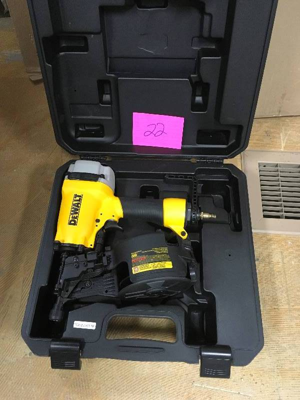 Dewalt Dw66c 1 Pneumatic 15 Degree Coil Siding Nailer In