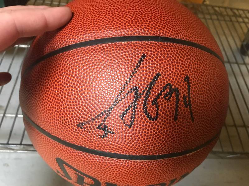 NBA AUTOGRAPHED BASKETBALL
