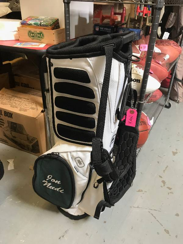 OGIO HAULER GOLF BAG