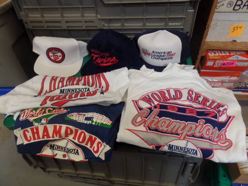 MN TWINS 1987 WORLD SERIES SHIRTS & CAPS