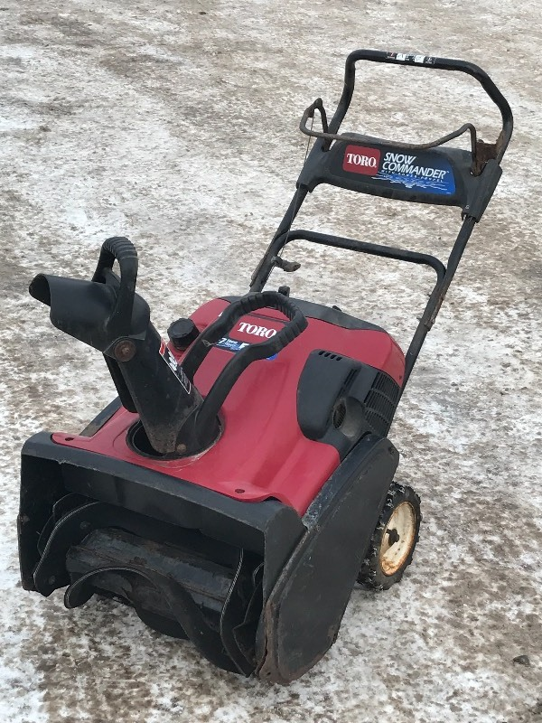 Toro snow commander snow blower le snow equipment k bid sciox Image collections