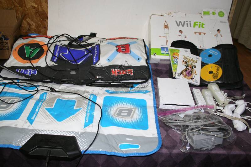 Wii Board Floor ~ Nintendo wii system with games and accessories garage