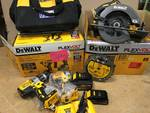 DeWalt 60 Volt MAX FLEXVOLT Cordless 7-1/4 in. Circular Saw & 20 Volt MAX Hammerdrill/Impact Driver Combo Kit in like new working conditions