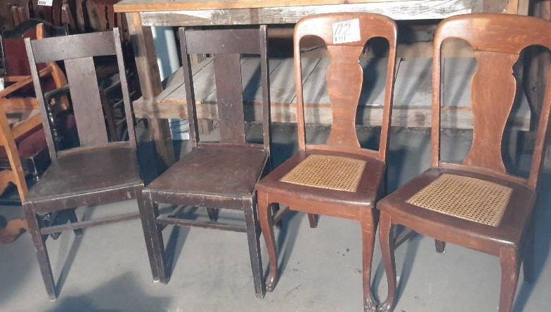 2 pairs of matching side chairs | Minneapolis Vintage and Antique Furniture  and Accessories.. Industrial Salvage | K-BID - 2 Pairs Of Matching Side Chairs Minneapolis Vintage And Antique
