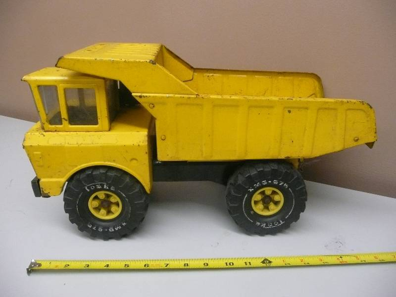1970s Vintage MIGHTY TONKA Yellow Pressed Steel DUMP TRUCK
