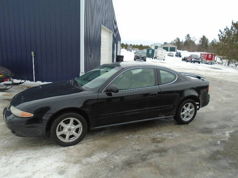 2001 Oldsmobile Alero Gls We Sell Your Stuff Inc Auction 18 K Bid