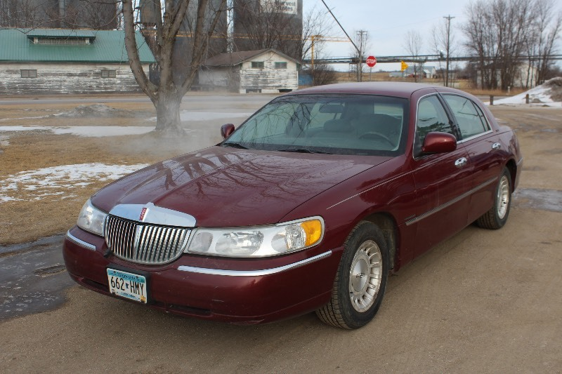 1998 Lincoln Town Car Executive 483 Mn Auto Auctions No Reserve
