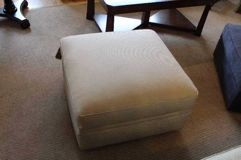 Broyhill Storage Ottoman W Casters New High End Furniture Store