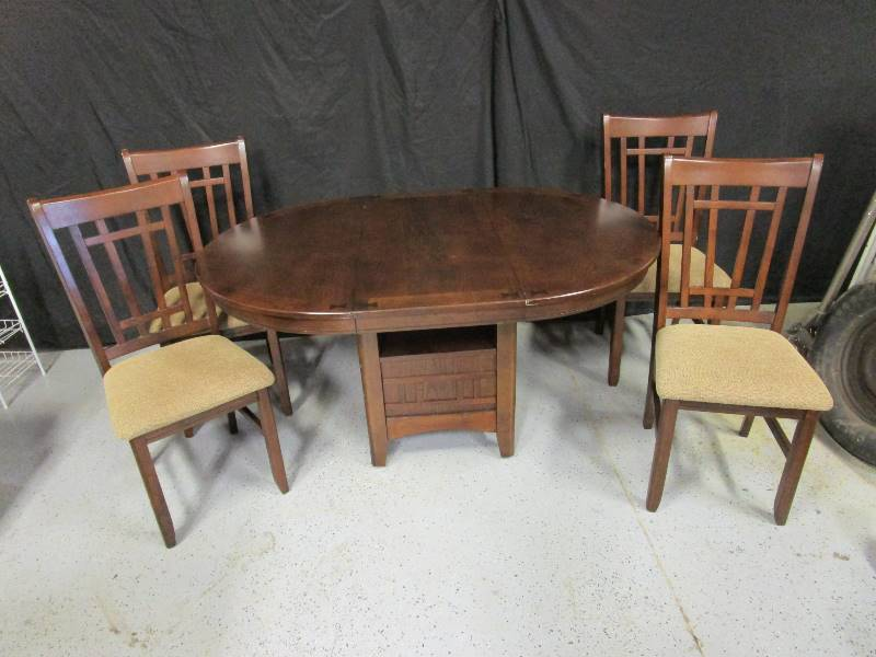 Dining Room Tables At The Dump