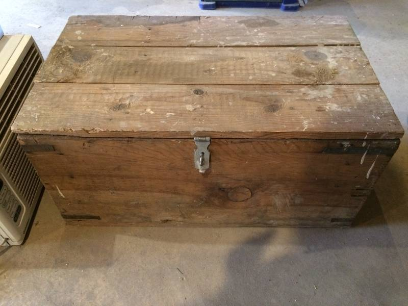 Old Wood Crate Box Chest 1107 Maple Grove Mid Century Modern