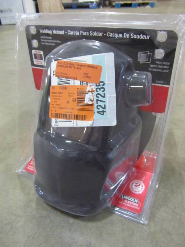 Lincoln Electric 4 In X 5 In Solar Powered Welding Helmet With No