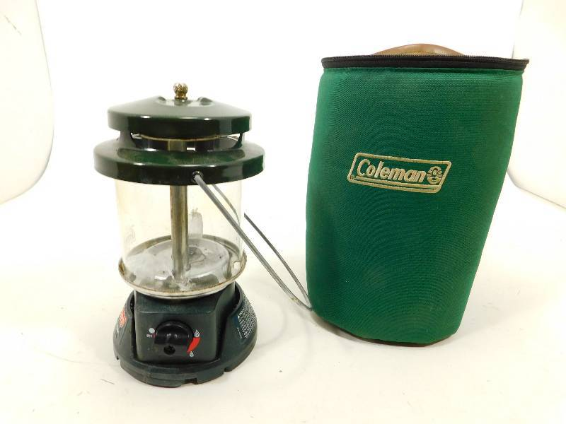 Coleman Propane Lantern In Zippered Carrying Case
