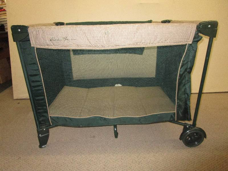 Eddie Bauer Playpen | Music, Tools, Sporting Goods, Elvis, Prints,  Instruments, Furniture And More Sale | K BID