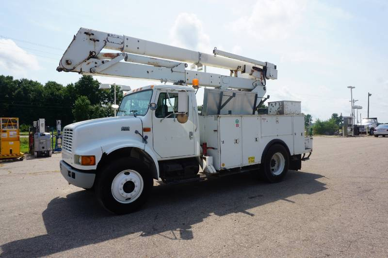 SW Metro Large Truck & Equipment Sale | K-BID