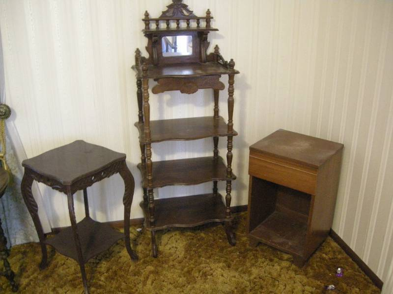 Antique Wood Shelf And Tables | K Bidu0027s Best Amazing Antique Clocks,  Pinball Machines, Furniture, China, And Brass! | K BID