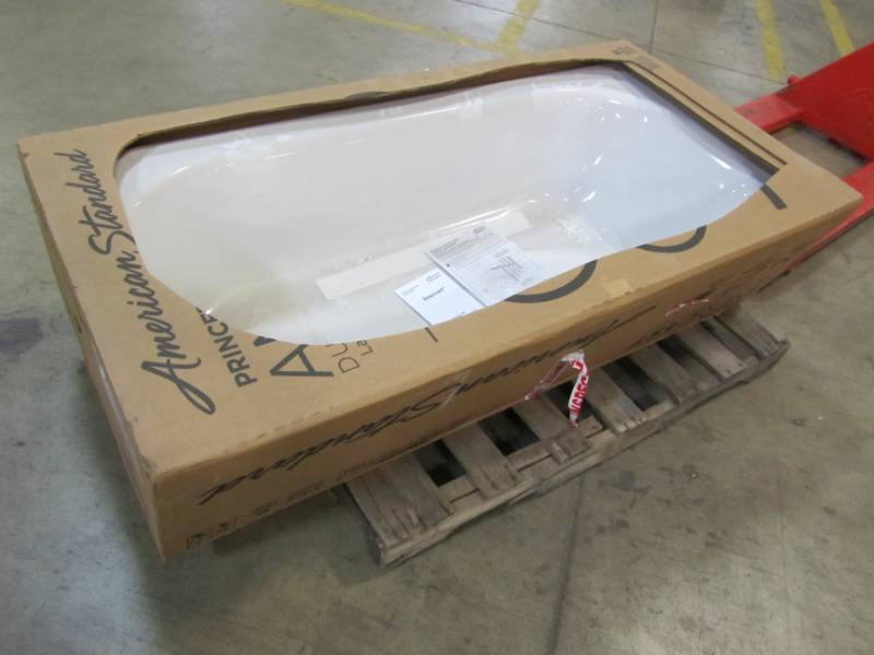 AMERICAN STANDARD PRINCETON BATHTUB IN WHITE | MN HOME OUTLET AUCTIONS  BURNSVILLE #49 | K BID