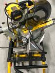 Dewalt DWS780 12 in. Double Bevel Sliding Compound Miter Saw  Used in good working cond.