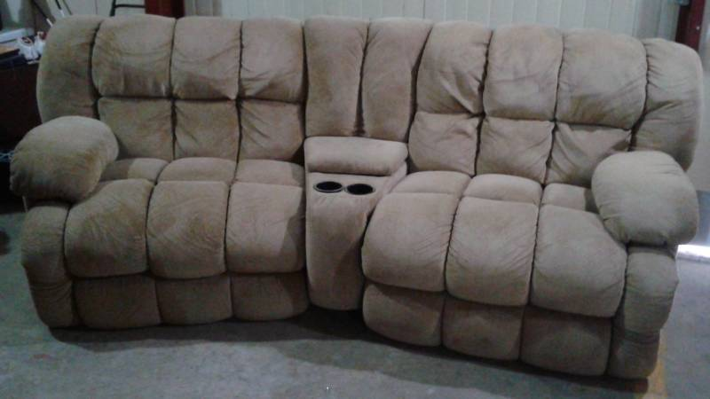 Awe Inspiring Tan Microfiber Sectional Recliner Couch Used Good Machost Co Dining Chair Design Ideas Machostcouk