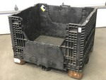 Buckhorn Commercial Collapsible & Stackable Pallet Crate