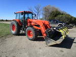 2010 Kubota M135X Tractor w/LA2253 Loader & MDS Bucket/Grapple