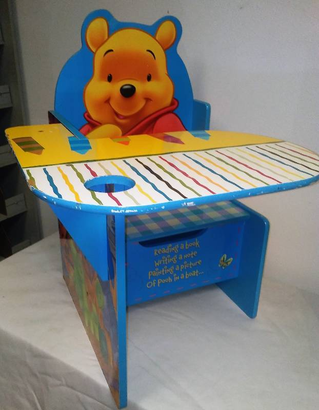 Wondrous Disney Winnie The Pooh Childs Learning Desk Mpls Metro Andrewgaddart Wooden Chair Designs For Living Room Andrewgaddartcom