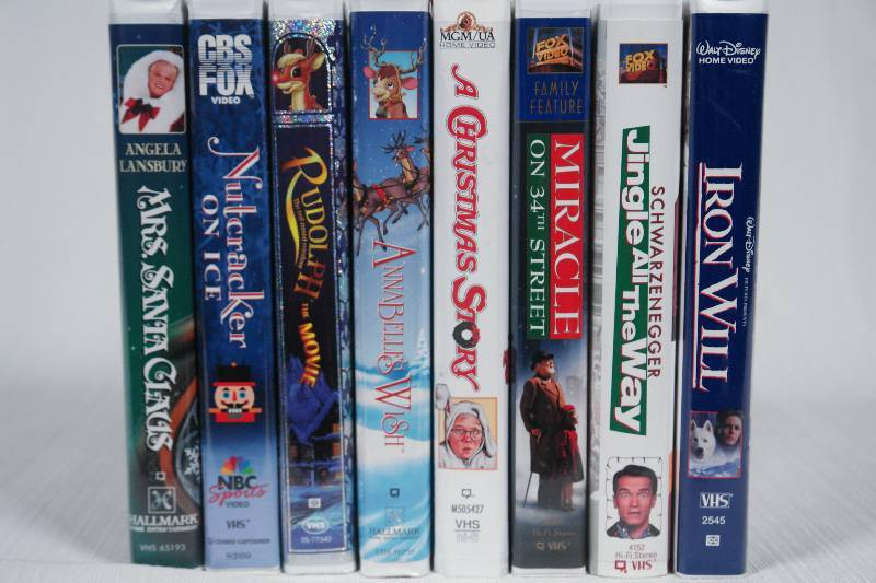 Ill Be Home For Christmas Vhs.Eight Christmas Vhs Movies Toys A Beer Sign