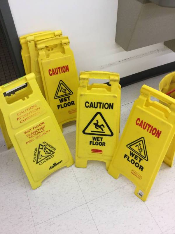 Wet Floor Signs St Cloud Mn Save A