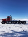 1997 Freightliner FLD120 Tri/A Day Cab Truck Tractor