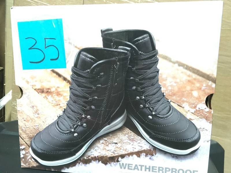 296b8372a11c49 Weatherproof Brand Ladies  Sneaker Boot KATIE STYLE BLK SIZE 9 not used