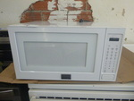 NEW Frigidaire Galley Microwave (Scratch & Dent)