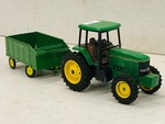 John Deere 7600 Tractor With Manure Spreader