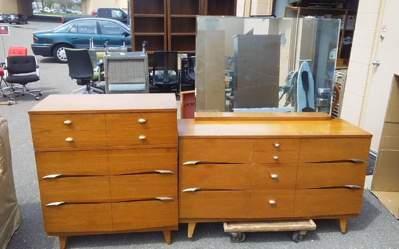 Vintage 4 Drawer Chest 36x18x42 6 Drawer Dresser Mirror By